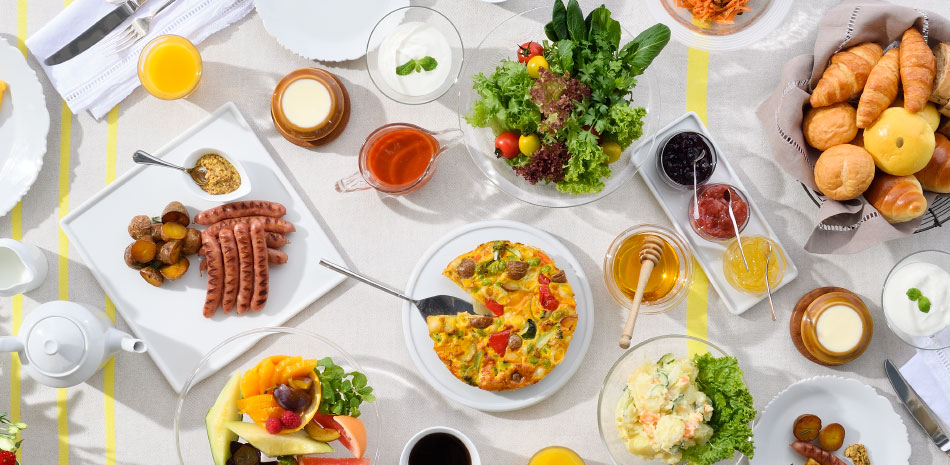 Breakfast with an assortment of vegetable-rich dishes
